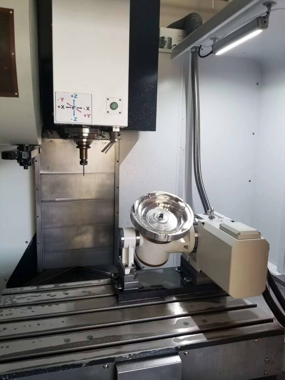 Small 5 axis CNC milling machine